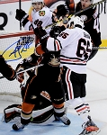 Andrew Shaw Autographed Blackhawks Playoffs Head Butt Goal 8x10 Photo