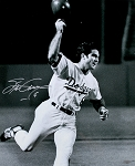 Steve Garvey Autographed L.A. Dodgers 16x20 Photo