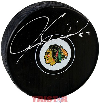 Jeremy Roenick Autographed Chicago Blackhawks Logo Puck