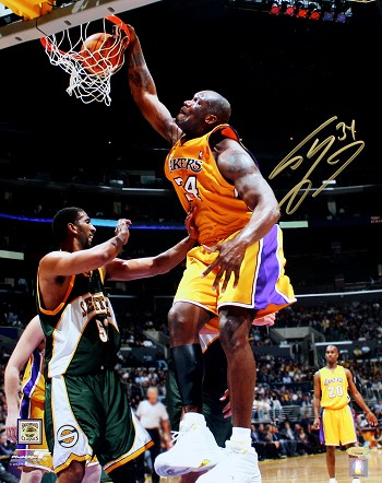 Shaquille O'Neal Autographed Los Angeles Lakers 16x20 Photo
