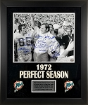 1972 Miami Dolphins Team Autographed 16x20 Photo with 21 Signatures Framed