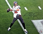 Tom Brady Autographed Tampa Bay Buccaneers SB LV 16x20 Photo