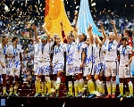 USA Women's Soccer Team Autographed 2015 World Cup Celebration Closeup 16x20 Photo