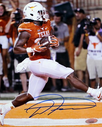 D'Onta Foreman Autographed Texas Longhorns 8x10 Photo