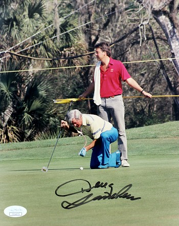 Doug Sanders Autographed Putting 8x10 Photo