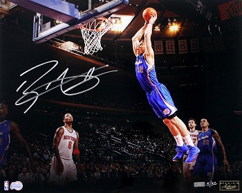 Blake Griffin Autographed LA Clippers 'In Flight' 16x20 Photo LE of 32
